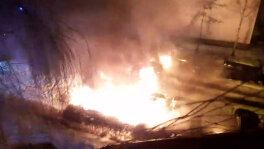 Pożar na parkingu