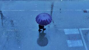 Prognoza pogody na dziś: lokalnie spadnie deszcz. Miejscami zero na termometrach